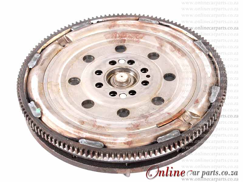 Mercedes Alternator - E230 W210 96-98 M111 90A 12V 6 X Groove KCB1 OE 0123320044 9123369044 0101544602