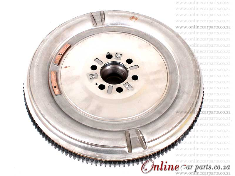 Mercedes Alternator - Sprinter 209 215 311 315 CDi 110KW 646.984 180A 12V 7 x Groove OE A6421540202 04801250AA 6421540202